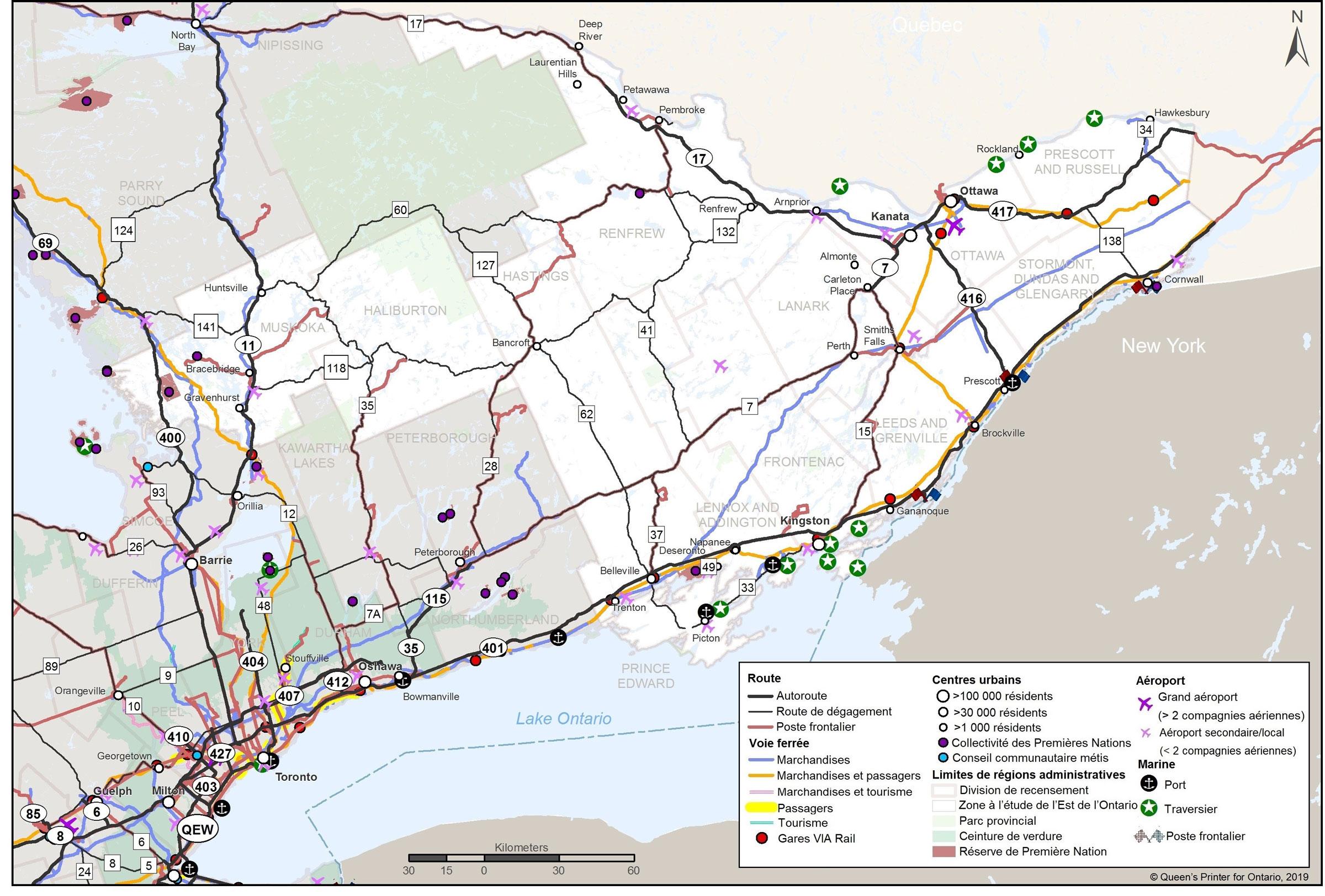 Une carte montrant l'Est de l'Ontario, y compris les centres de population, les routes et les voies ferrées, les aéroports et les points maritimes.